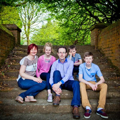 Family Photography by Tara Donoghue Photography, Group of five